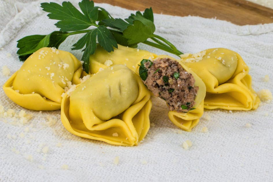 Traditional Beef Tortellacci – 32115