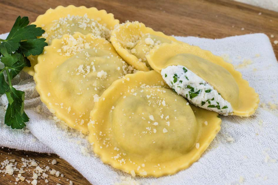 Four Cheese Round Ravioli – 30653